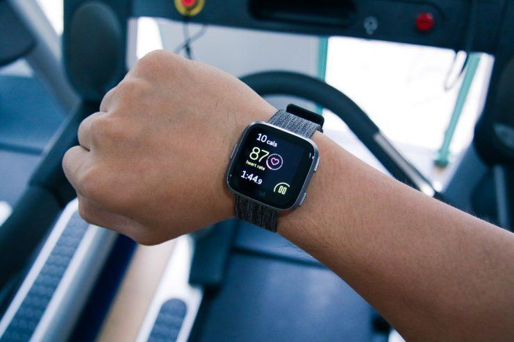 Fitbit Versa on Treadmill