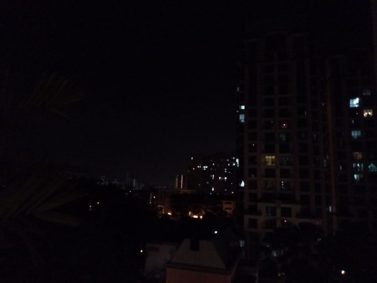 Sample Shot A (night) on the Realme 2