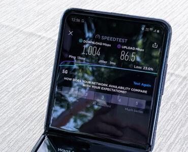 Samsung Galaxy Z Flip 5G SpeedTest