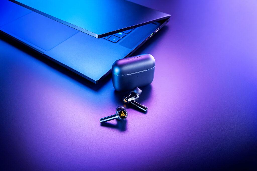 Hammerhead True Wireless (2nd Gen) with laptop